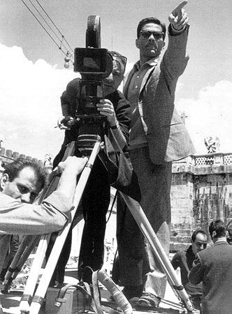 pasolini essays Pier paolo pasolini (italian: translation as de-canonization: matthew's gospel according to pasolini – filmmaker pier paolo pasolini – critical essay.